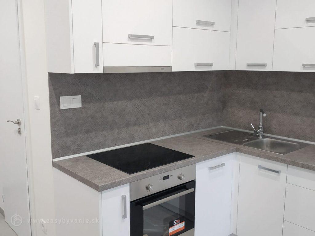 Kuchynská linka vyrobená stolárskou dielňou EASY bývanie